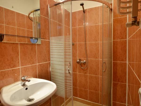 Wczasy w Mielnie - łazienka Willa Chrisitna