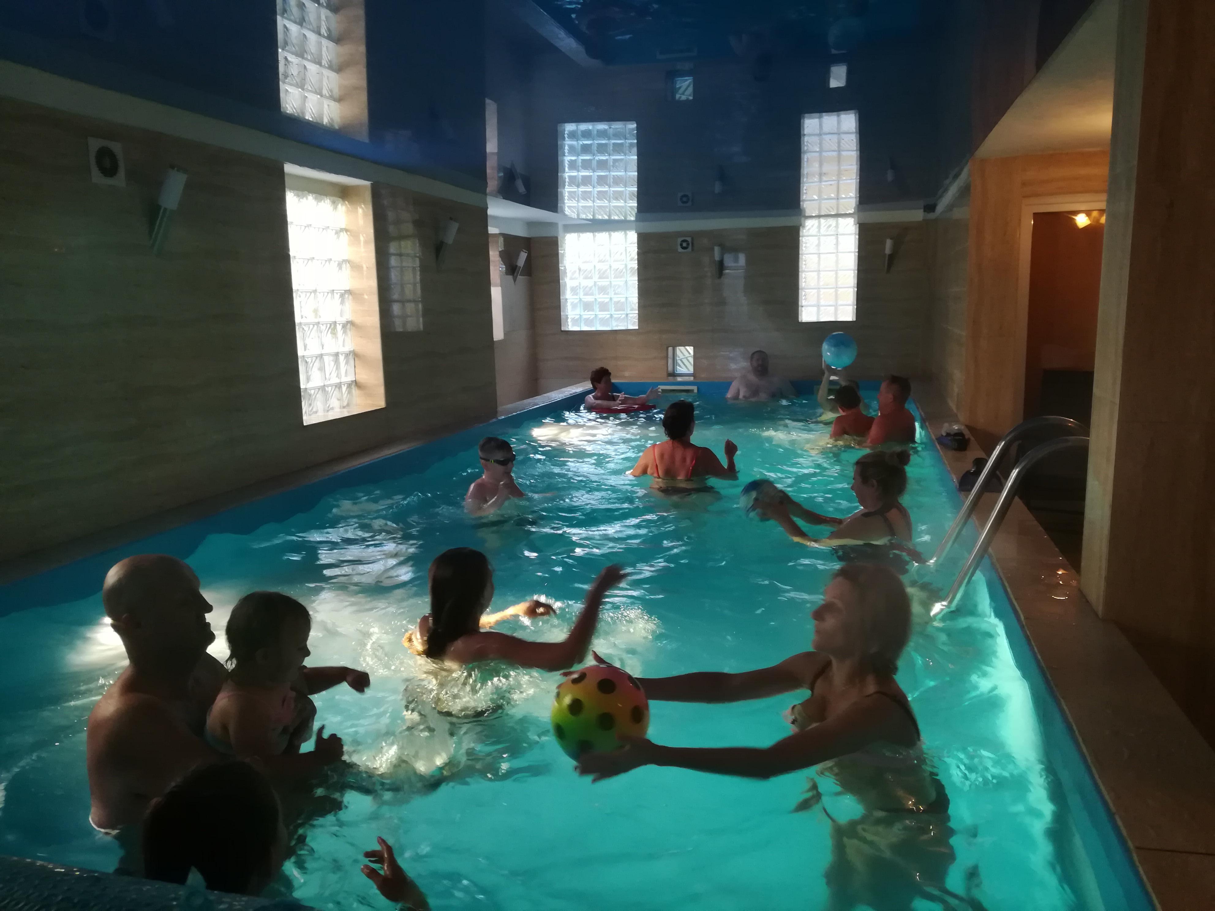 Zabawa na basenie - Willa Christina Spa Mielno